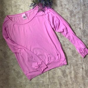 PINK VS Pink Long Sleeves Round-Neck Top